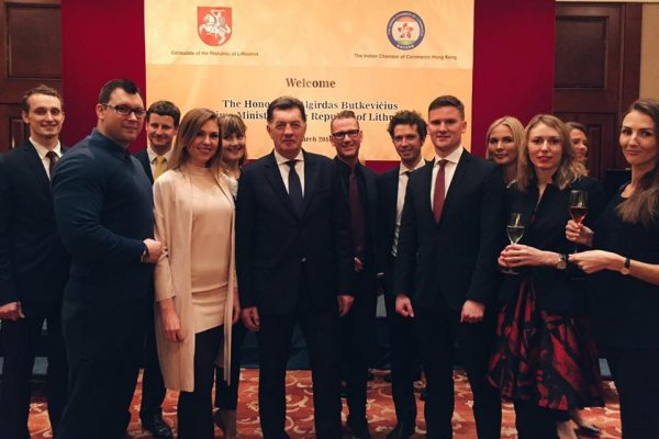 Prime Minister Algirdas Butkevičius visited Hong Kong and met with the Lithuanian community, Lithuanian Chamber of Commerce and local business representatives.